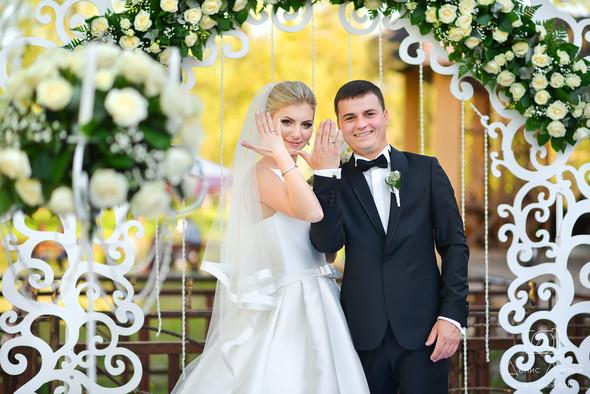 Красивая свадьба в классическом стиле Юлии и Виталия - фото №29