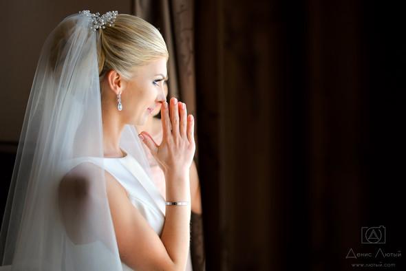 Красивая свадьба в классическом стиле Юлии и Виталия - фото №5