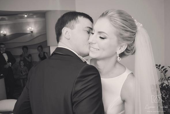 Красивая свадьба в классическом стиле Юлии и Виталия - фото №6