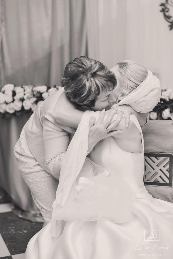 Красивая свадьба в классическом стиле Юлии и Виталия - фото №39