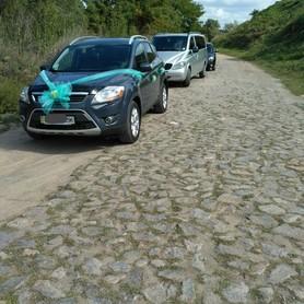 Ford Kuga Trend - авто на свадьбу в Виннице - портфолио 1
