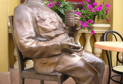 Памятник бравому солдату Швейку - портфолио 4