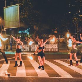 Огненное и пиротехническое шоу (фаер шоу) | Шоу-студия ЭРИАЛ - портфолио 6