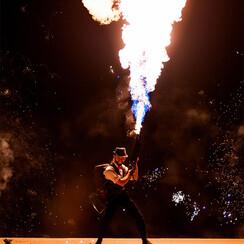 Огненное и пиротехническое шоу (фаер шоу) | Шоу-студия ЭРИАЛ - артист, шоу в Одессе - фото 4