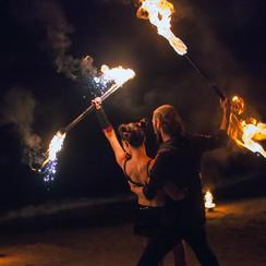 Огненное и пиротехническое шоу (фаер шоу) | Шоу-студия ЭРИАЛ - фото 4