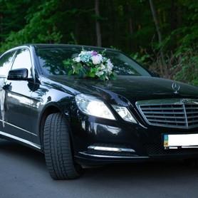 Mercedes E250 - авто на свадьбу в Виннице - портфолио 5
