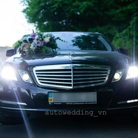 Mercedes E250 - авто на свадьбу в Виннице - портфолио 2