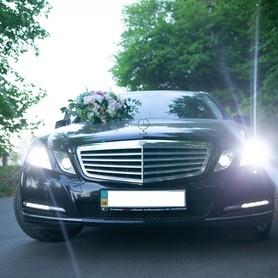 Mercedes E250 - авто на свадьбу в Виннице - портфолио 3
