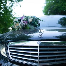 Mercedes E250 - авто на свадьбу в Виннице - портфолио 4