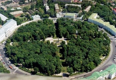Круглая площадь (Корпусный сад) - место для фотосессии в Полтаве - портфолио 4